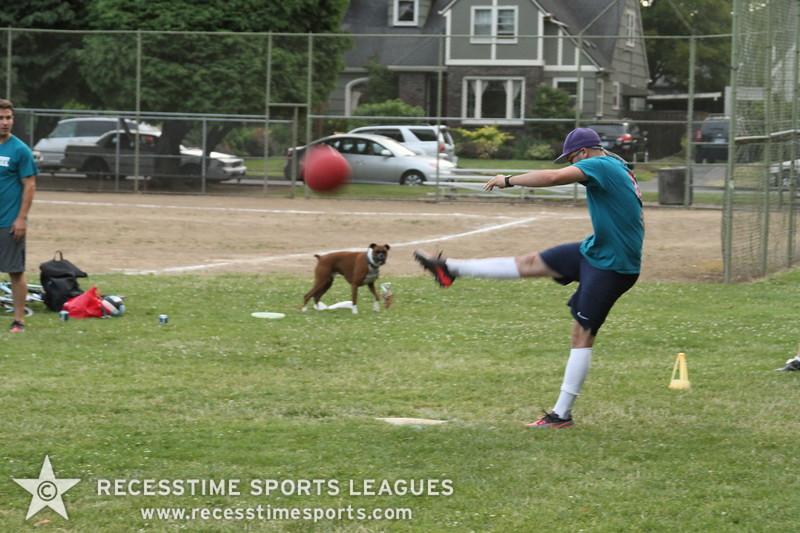Recesstime_Portland_Kickball_20120717_3727.JPG