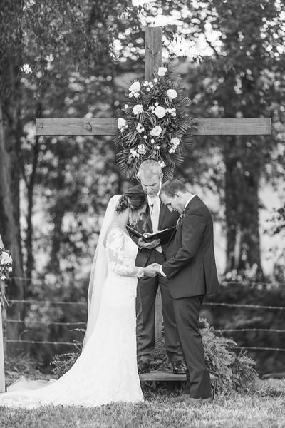 550_Aaron+Haden_WeddingBW.jpg