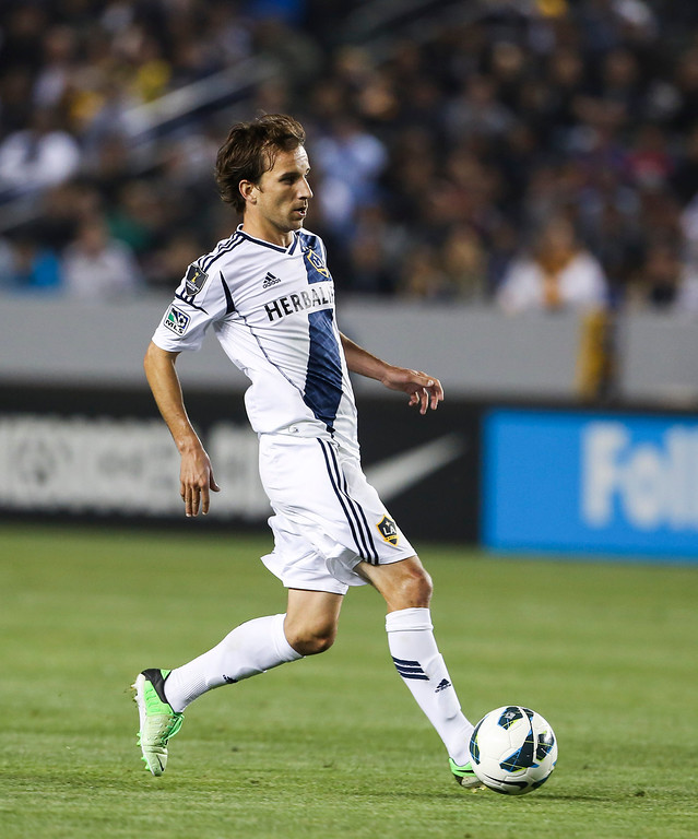 . Los Angeles Galaxy forward Mike Magee during the CONCACAF Champions League semifinal, Wednesday, April 3, 2013, in Carson, Calif. Monterrey won 2-1. (AP Photo/Bret Hartman)