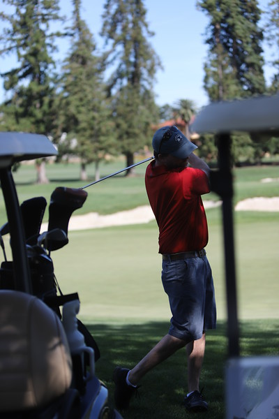 Momentum Golf Benefit-272.jpg