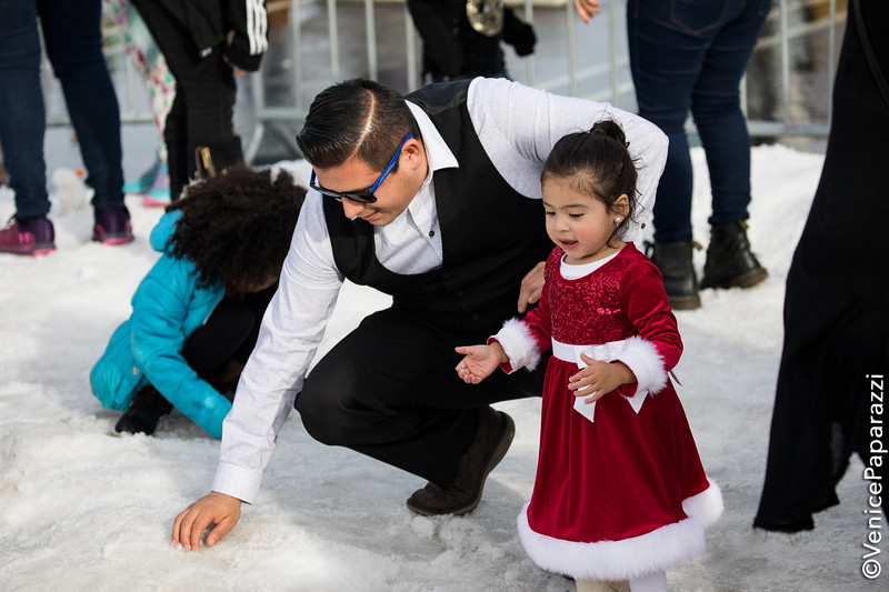 Beach Winter Wonderland at Dockweiler Youth Center. Photo by Venice Paparazzi