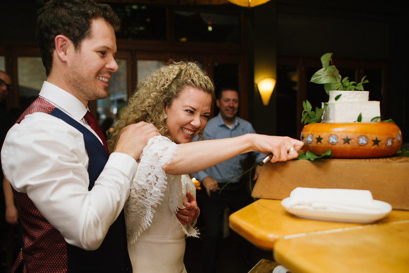 Calgary_Wedding_Photography_Rachel_Kent_Married_2019_Rivercafe_Christy_D_Swanberg_HR_624.jpg