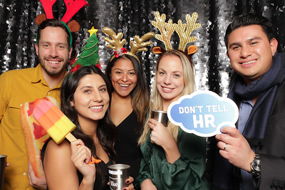 2019-12-19 | Ike Holiday Party