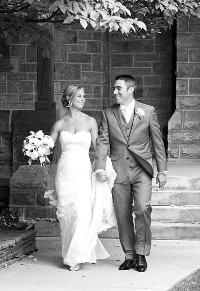 Bride and Groom_40 BW.jpg