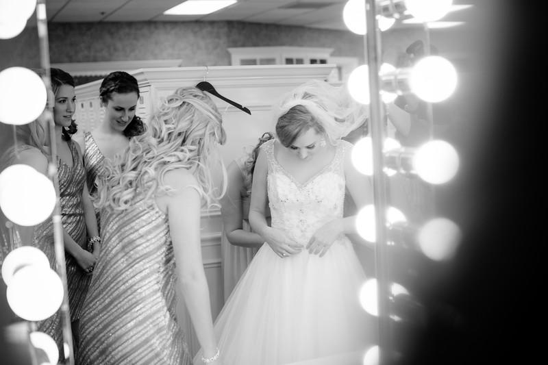 Torres Wedding _Getting Ready  (211).jpg