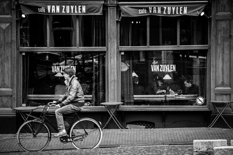 Yet another typical street life scene captured near the Singel Canal.