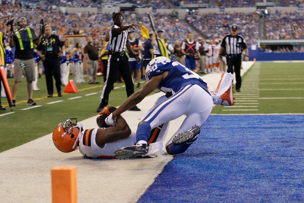 . Cleveland Browns wide receiver Kenny Britt (18) makes a catch in the end zone for a touchdown under Indianapolis Colts cornerback Rashaan Melvin (30) during the second half of an NFL football game in Indianapolis, Sunday, Sept. 24, 2017. (AP Photo/AJ Mast)