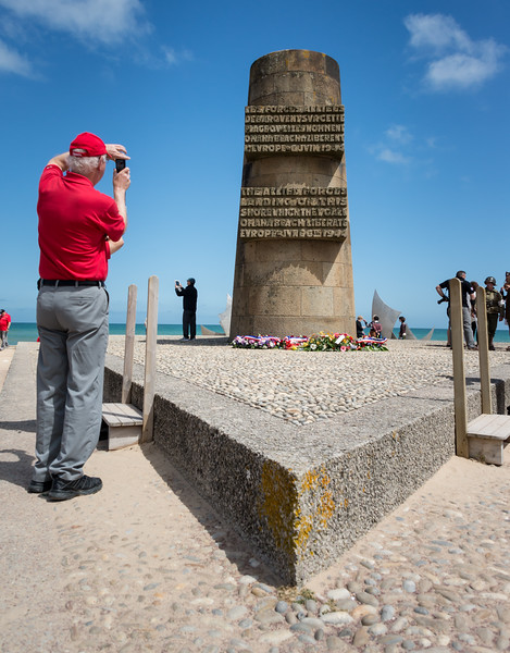 D-Day monument just above the beach