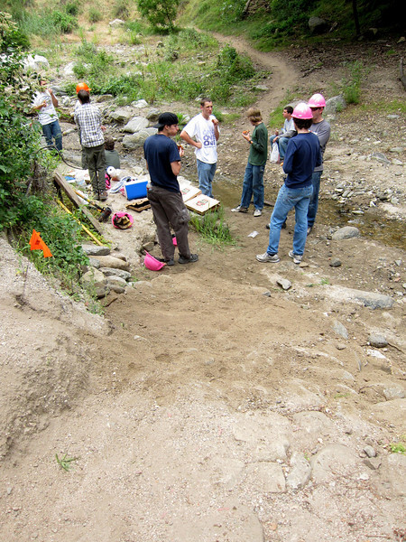 20110507003-El Prieto Trailwork.JPG
