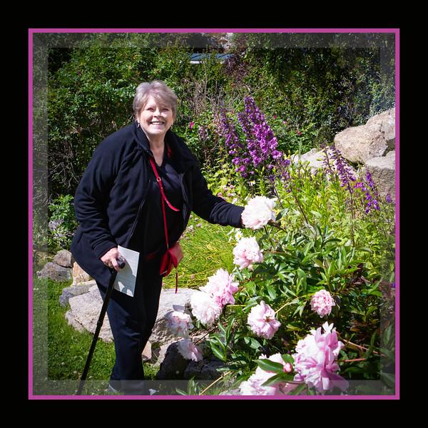 BethMassey_Flowers_JewellGardens_BL8E7145.jpg