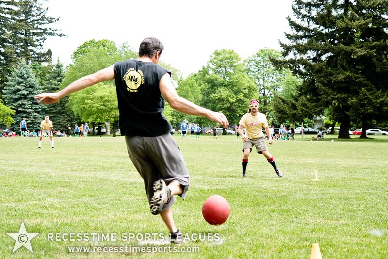 kickballspring2012TRNY-101.jpg