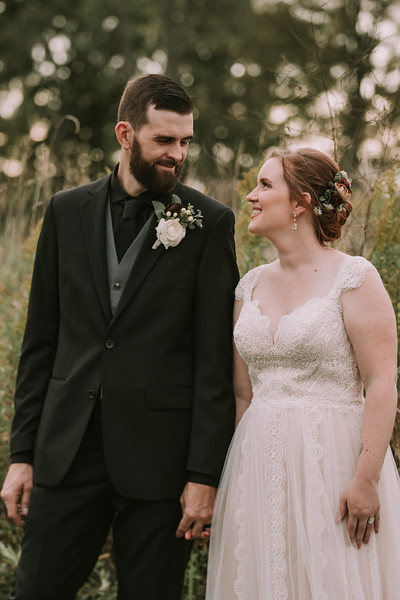 rustic_ohio__fall_barn_wedding-298.jpg