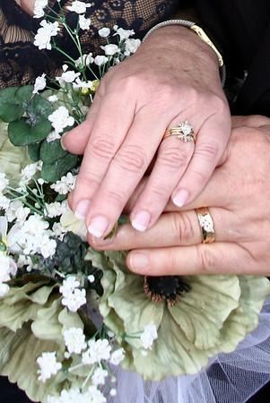 Finger U'Ren Wedding