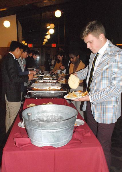 Intl Student Dinner 19-10-09 06.32.50.jpg