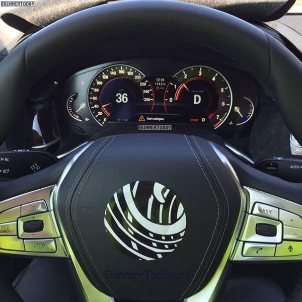 Hình ảnh nội thất bị rò rỉ của BMW 7-Series 2016.