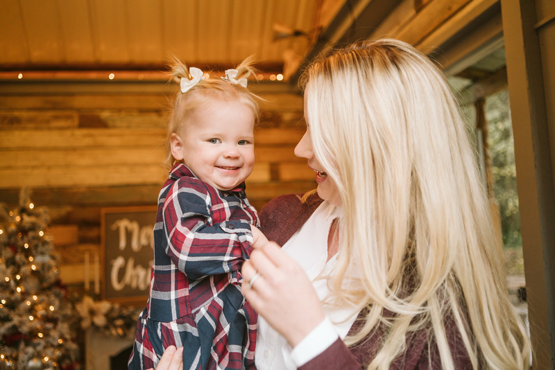 Sloan Christmas Mini Session 2018-22.jpg