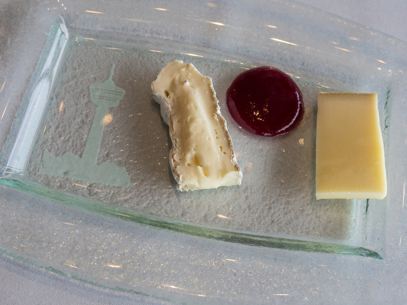 tampere resto cheese.jpg