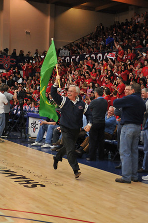 St. Mary's Hosts Davidson In the Second Round of the 2009 NIT - 23 March 2009