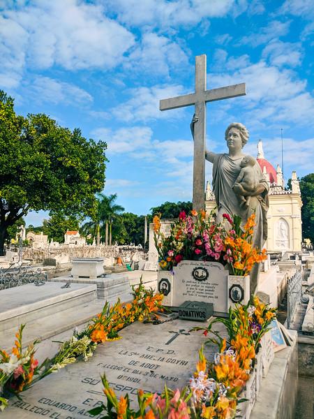 havana colon cemetery-19.jpg