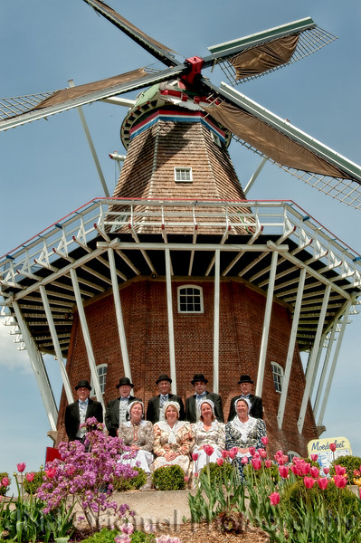 021 It's Tulip Time In Holland Every Year In May 2009 - Moederleet Singing Group By DeZwaan Windmill.jpg