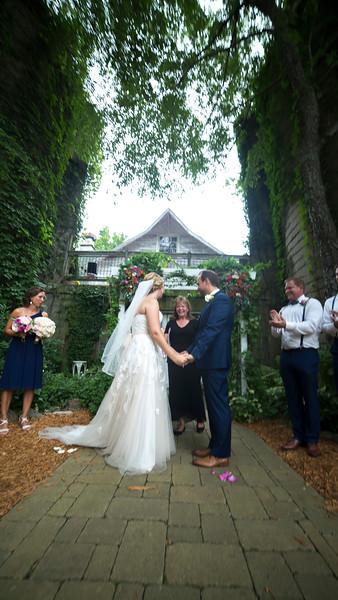 Garrett & Lisa Wedding (373).jpg