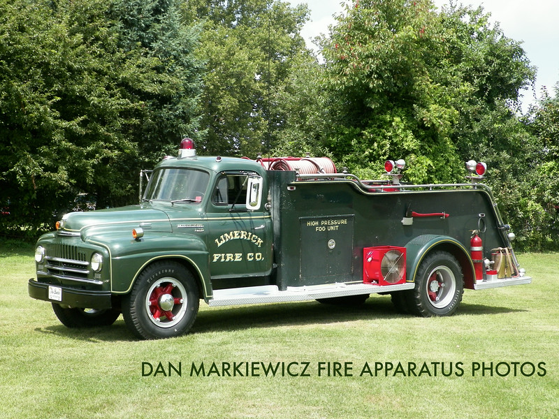 LIMERICK FIRE CO. 1950 INTERNATIONAL/EDGAR ROAD PUMPER PRIVATELY OWNED BY DON ANDES