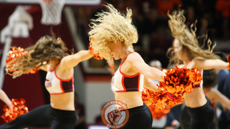 The Virginia Tech High Techs perform for the crowd during a media timeout. (Mark Umansky/TheKeyPlay.com)