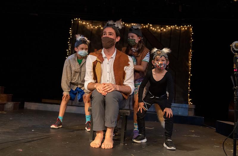 The Barnyard Mystery - Performance