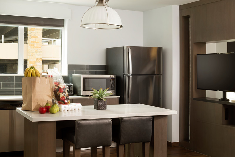 17-Sutie Kitchen-HH Frisco.jpg