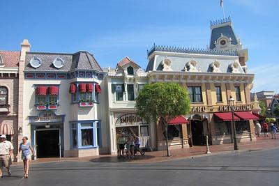 Disneyland-2014
