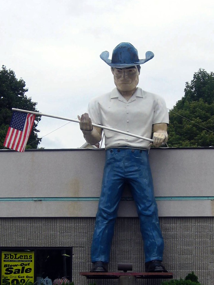 norwich connecticut cowboy muffler man