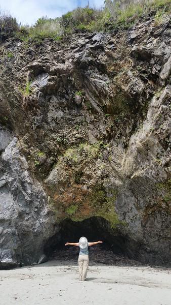 cheryl/cave