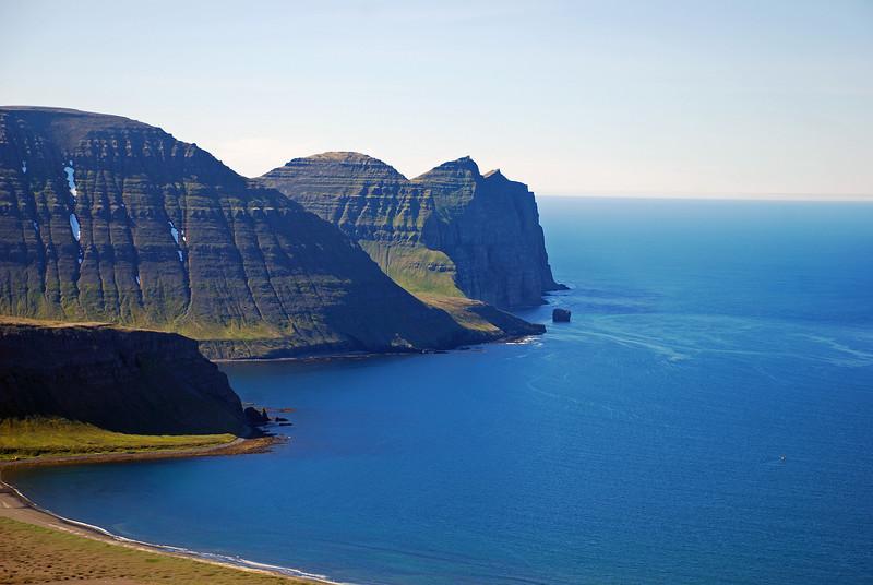Tröllakambur, Rekavík, Rekavíkurfjall, Hvannadalur, Hælavíkurbjarg og Súlustapi