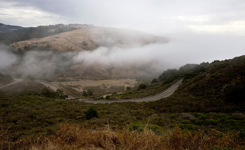 the fog comes in along highway 1 n northern california