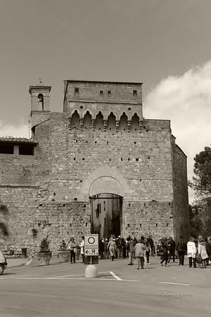 San Gimignano (B&W)