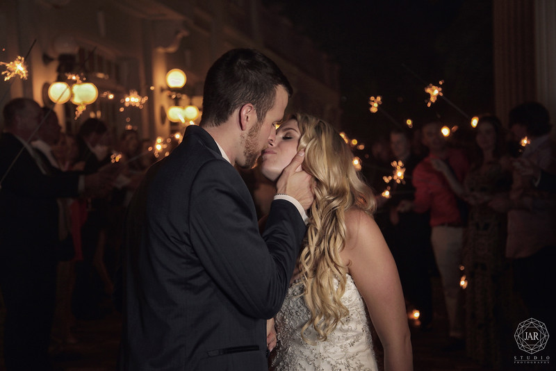 29-wedding-sparklers-the-ballroom-at-church-street-jarstudio-photography.jpg