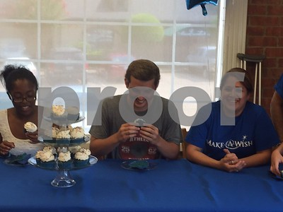 chez-bazan-french-bakerys-cupcake-of-the-month-benefits-makeawish