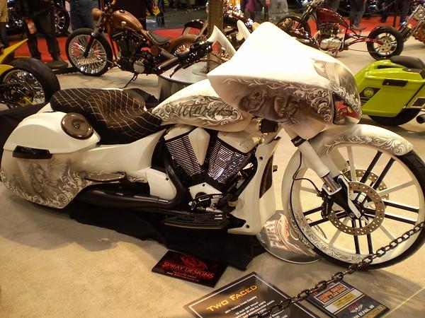 motorcyc37.jpg