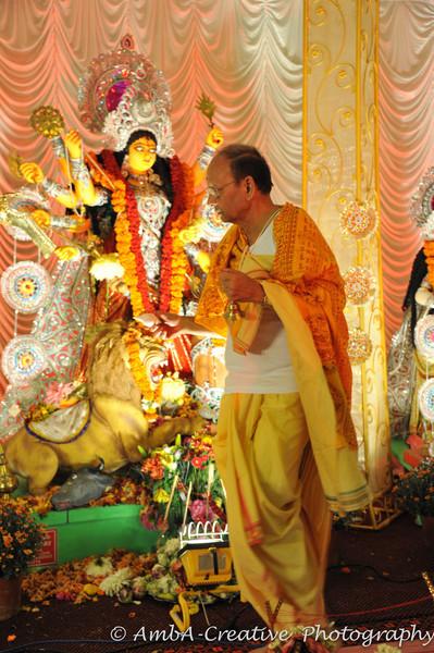 2013-10-13_DurgaPuja_Navami@KallolNJ_01.jpg