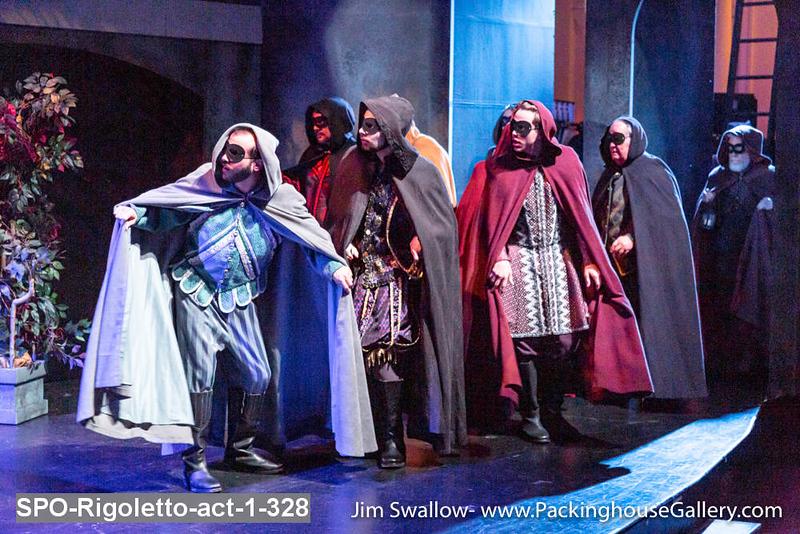 SPO-Rigoletto-act-1-328.jpg