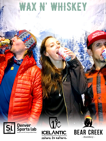 Wax_N_Whiskey_at_IcelanticSkis159.jpg