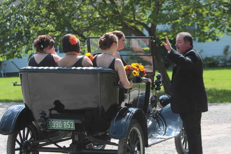 Arriving at the Wedding (31).JPG