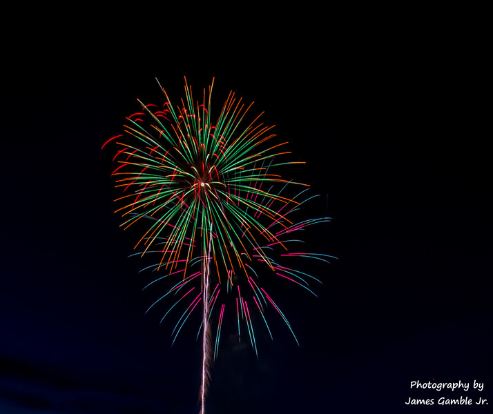 Fourth-of-July-Fireworks-2016-0299.jpg