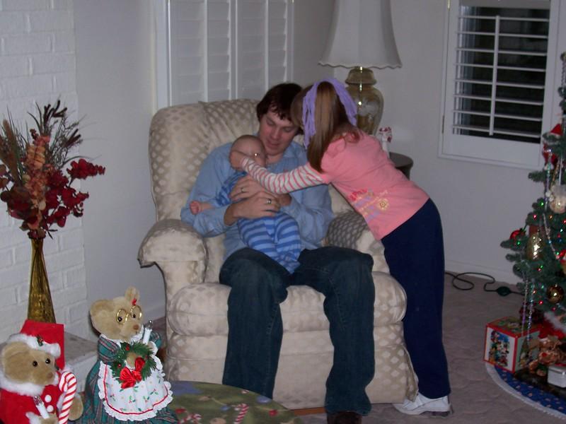 Brandon, Mikey & Michelle, Christmas 2005  .JPG