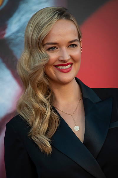 """WESTWOOD, CA - AUGUST 26: Jess Weixler attends the Premiere Of Warner Bros. Pictures' """"It Chapter Two"""" at Regency Village Theatre on Monday, August 26, 2019 in Westwood, California. (Photo by Tom Sorensen/Moovieboy Pictures)"""