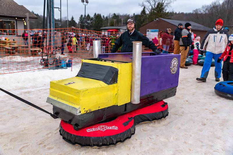 Carnival-Sunday_58th-2019_Snow-Trails-76469.jpg