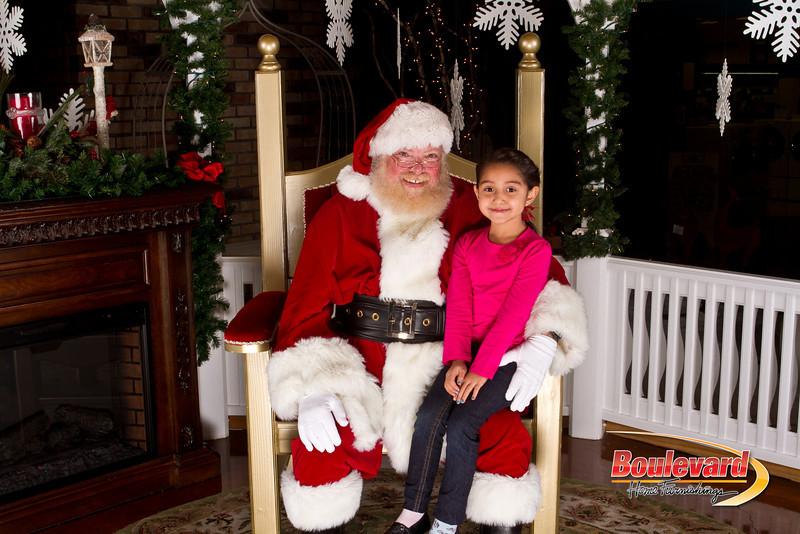 Santa Dec 15-225.jpg