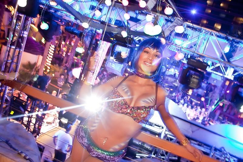 090112 Chris Brown @ Hard Rock Pool (36 of 103)_filtered.jpg