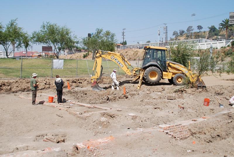 2010-07-02_LASHP_Archeology_10.JPG