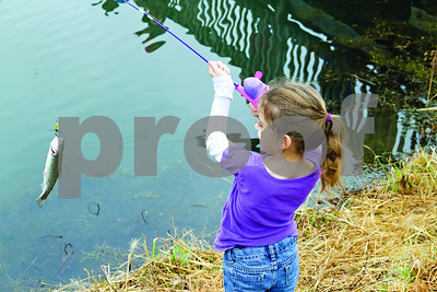 01/12/2013 Tyler Nature Center Fishing Day by Shannon Wilson
